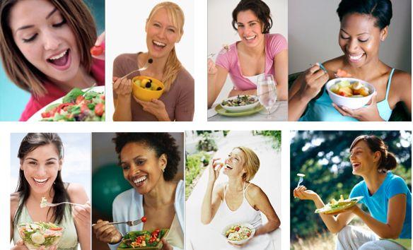 kvinnor med sallad